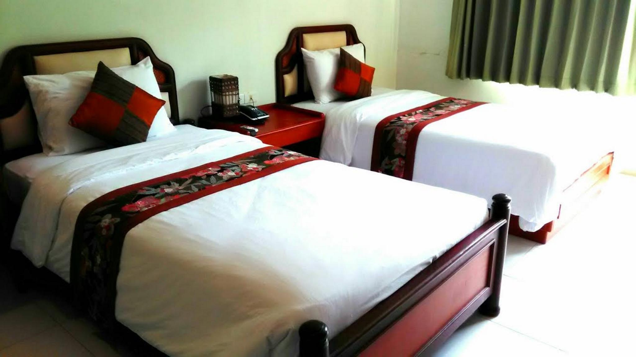 Standard Room Twin Beds : 1 standard bed